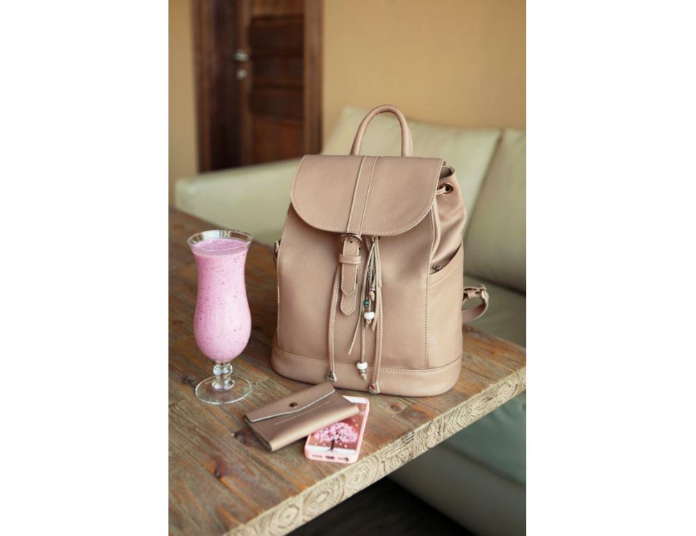 Городской кожаный рюкзак Blancnote BN-BAG-13-crem-brule