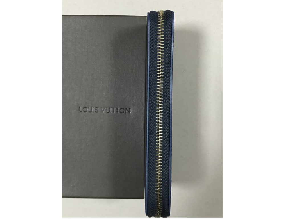 Клатч Louis Vuitton LV007A - Фотографія № 4