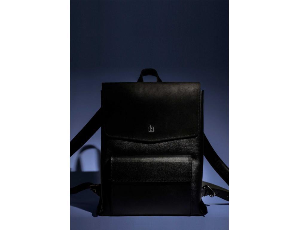 https://empirebags.com.ua/image/cache/catalog/1112/333/klassicheskijkozhanyjrjukzakblanknoteblank-bag-1-black-1000x770.jpg