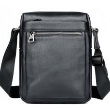 Чёрная кожаная сумка-мессенджер Tiding Bag 6026A
