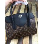 Жіноча сумка Louis Vuitton LV3003C - Фотографія № 100