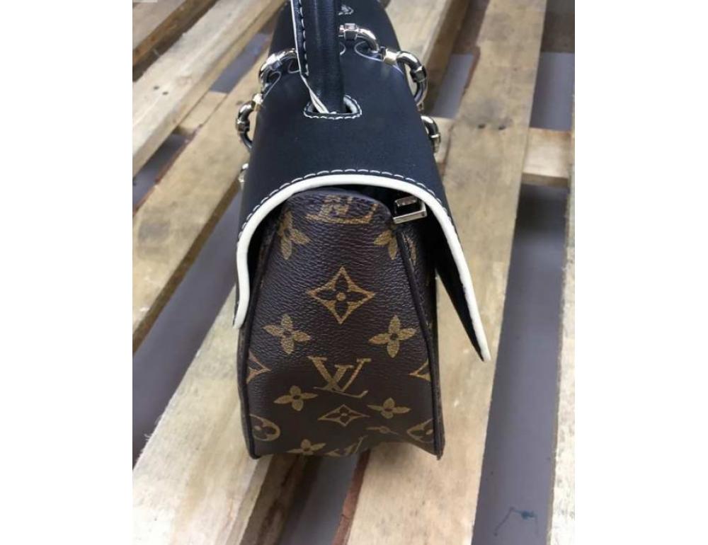 Жіноча сумка Louis Vuitton LV3009C - Фотографія № 2