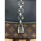 Жіноча сумка Louis Vuitton LV3009C - Фотографія № 102