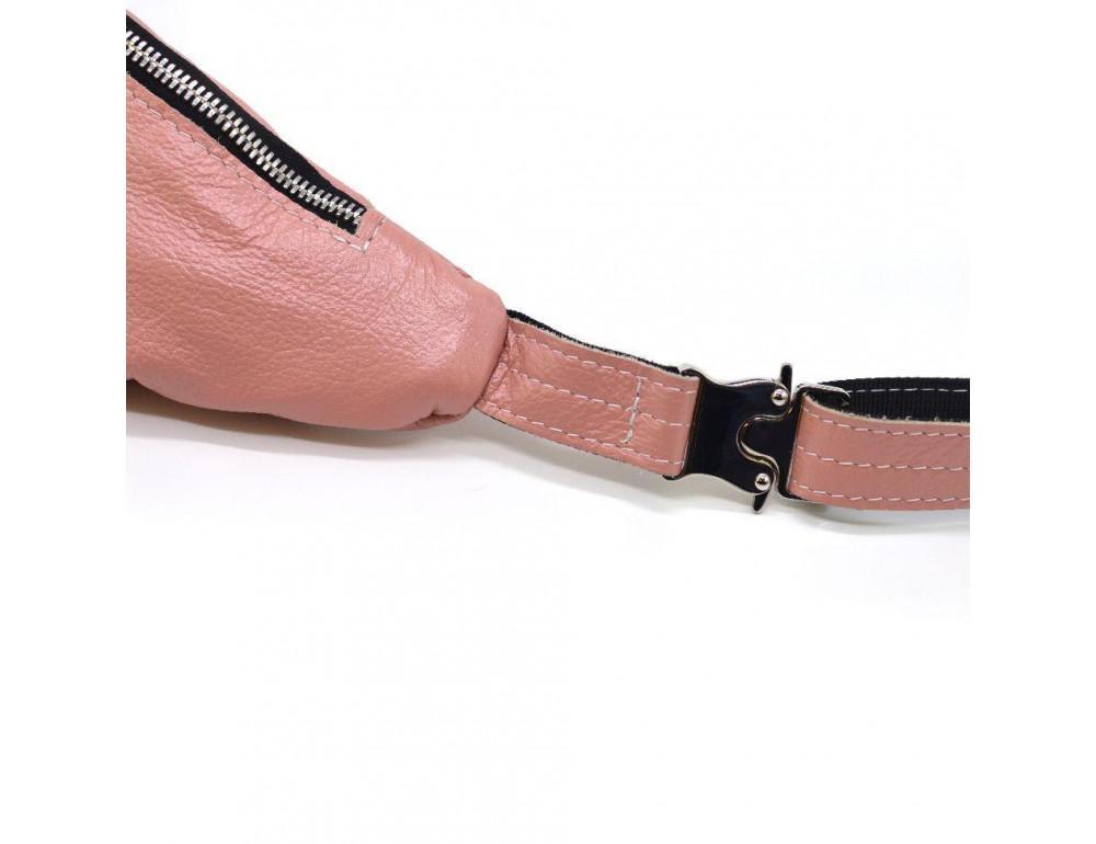 Розово перламутная кожаная сумка на пояс TARWA G2-3004-4lx - Фото № 8
